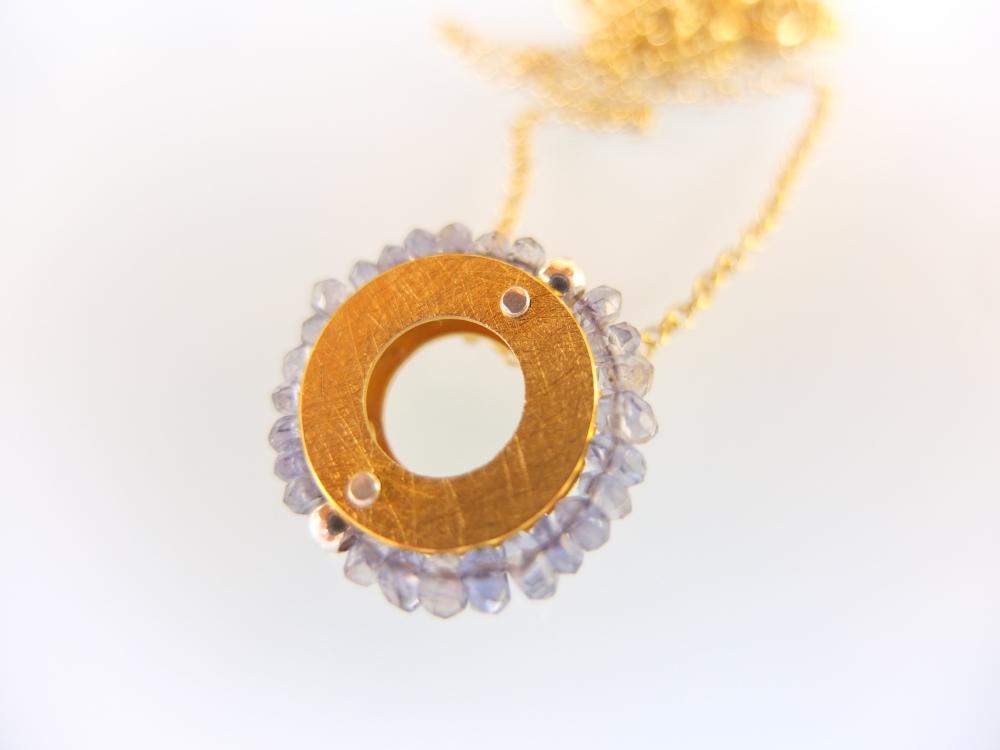 Wisiorek Mały Okrąg Iolit